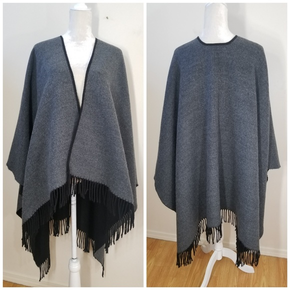 87e2efe0073 Made in Italy   reversible poncho sweater